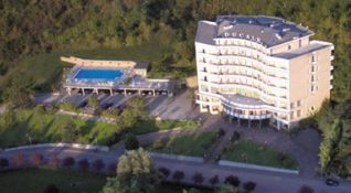 Hotel Ducale and swimming pool