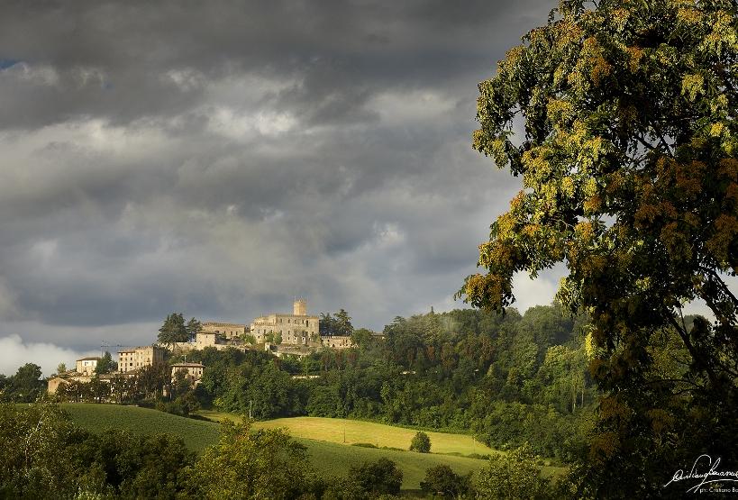 Panorama sul borgo di Tabiano Castello