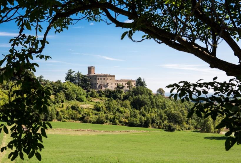 Castello di Tabiano e bosco