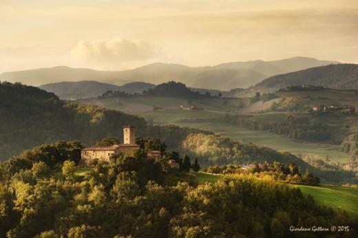 Panorama con castello di Contignaco