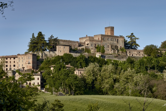 Castello di Tabiano e borgo