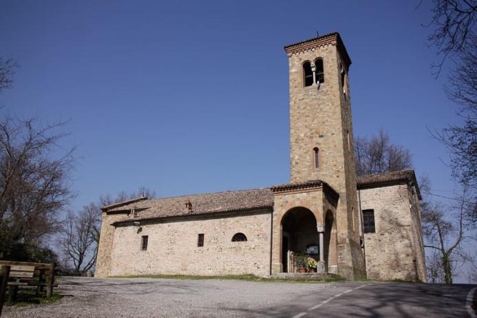 Chiesa S.S. Gervasio e Protasio Tabiano Castello